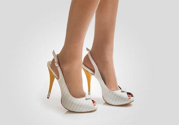 zapatos tacon forma cuaderno lapiz