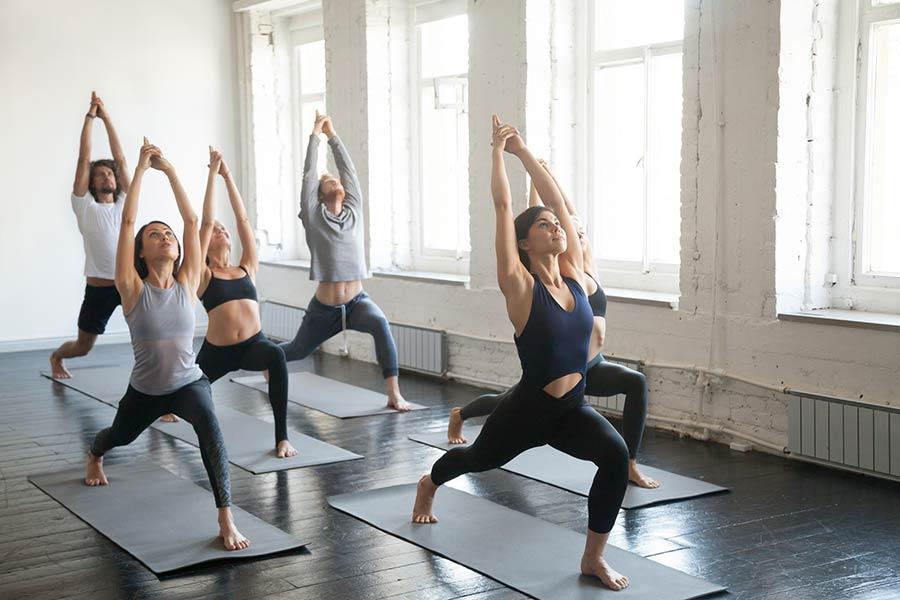 moda ropa hacer yoga